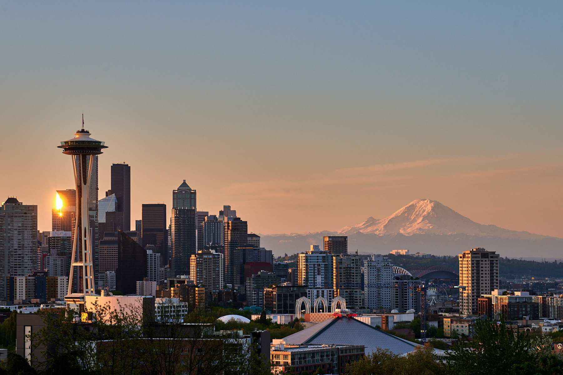 Sunrise seen from Kerry Park